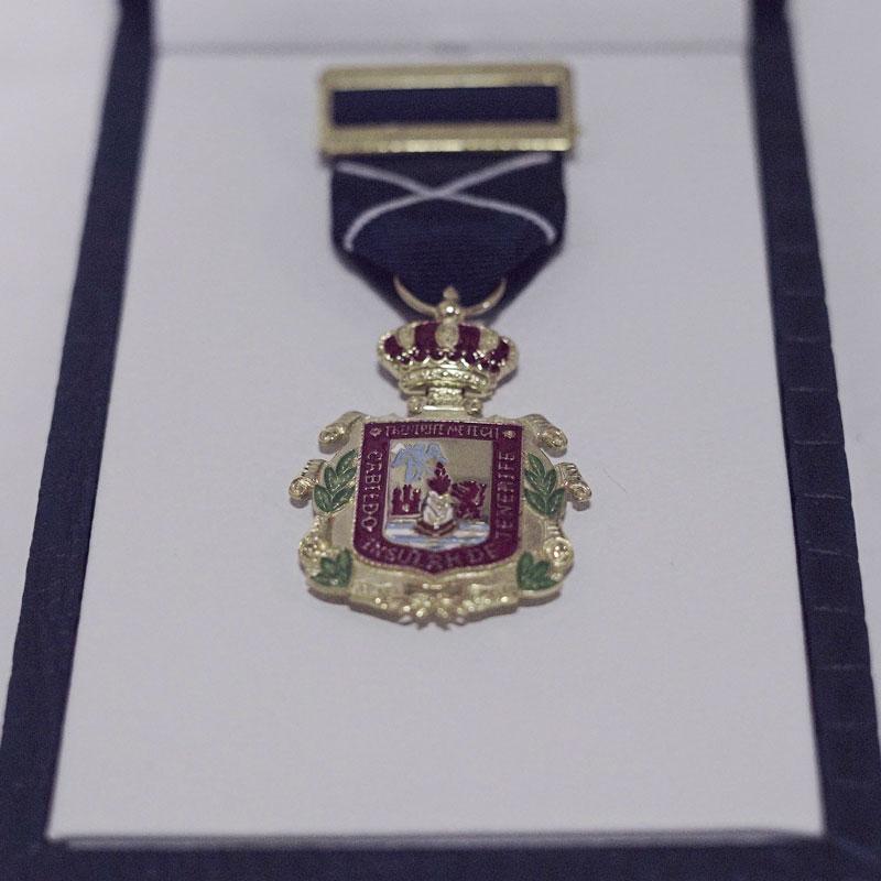 medalla-oro-cabildo.jpg